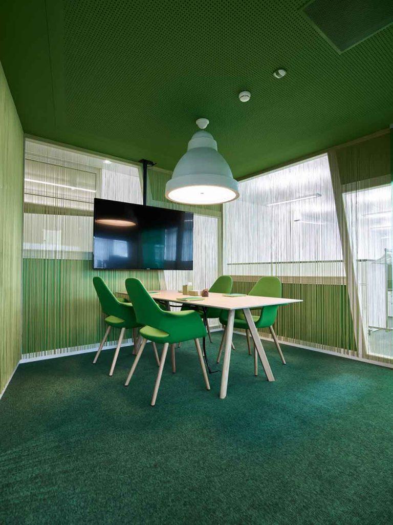 Sitzungsraum grün